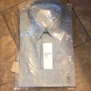 Van Heusen button up dress shirt
